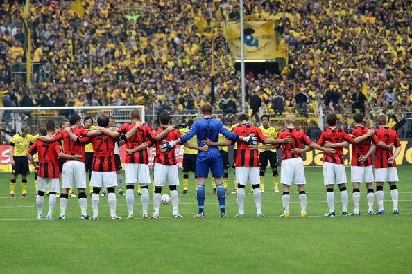 161 16051Borus 01 - «Боруссия» победила  «Айнтрахт»  со счетом 3:1 и стала чемпионом  Германии в бундеслиге.  Фоторепортаж с матча
