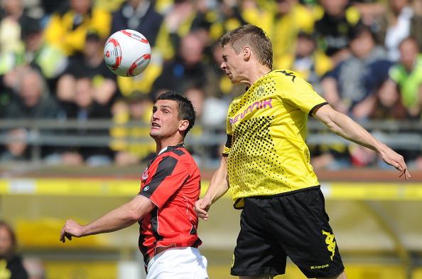 161 16051Borus 13 - «Боруссия» победила  «Айнтрахт»  со счетом 3:1 и стала чемпионом  Германии в бундеслиге.  Фоторепортаж с матча