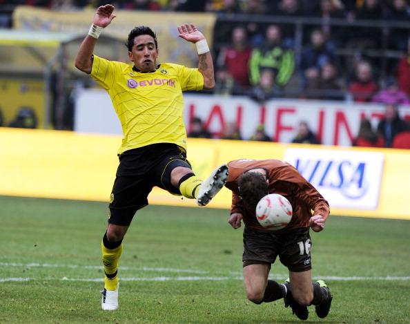Дортмундская «Боруссия» выиграла  у «Санкт-Паули» 2:0