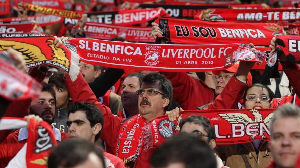 """163 020410 04 BF - """"Бенфике""""  обыграл """"Ливерпуль"""" в матче 1/4 финала Лиги Европы. Фото"""