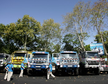 Ралли-рейд «Дакар-2011»: КАМАЗ среди грузовиков одержал победу