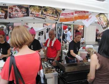 Фестиваль JapanTown предлагает уникальную еду и знакомство с культурой Японии