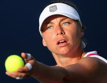 Вера Звонарева вошла в первую десятку лучших теннисисток мира