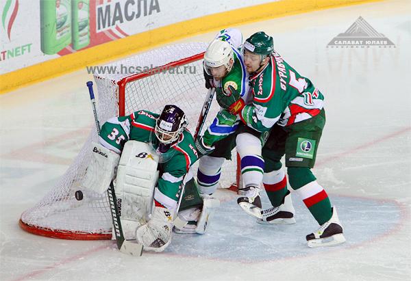 163 060410 02 KXL - «Ак Барс» обыграл «Салават Юлаев» третий раз в полуфинале КХЛ. Фото