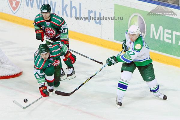 163 060410 04 KXL - «Ак Барс» обыграл «Салават Юлаев» третий раз в полуфинале КХЛ. Фото