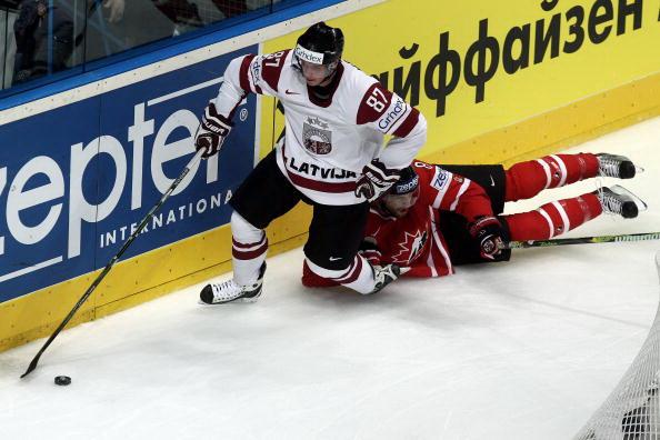 163 110510 05 NXLkan - ЧМ-2010: Канадцы разгромили латвийцев. Фоторепортаж