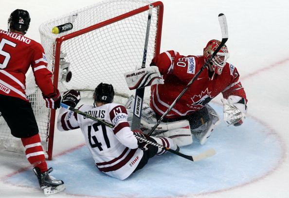 163 110510 12 NXLkan - ЧМ-2010: Канадцы разгромили латвийцев. Фоторепортаж