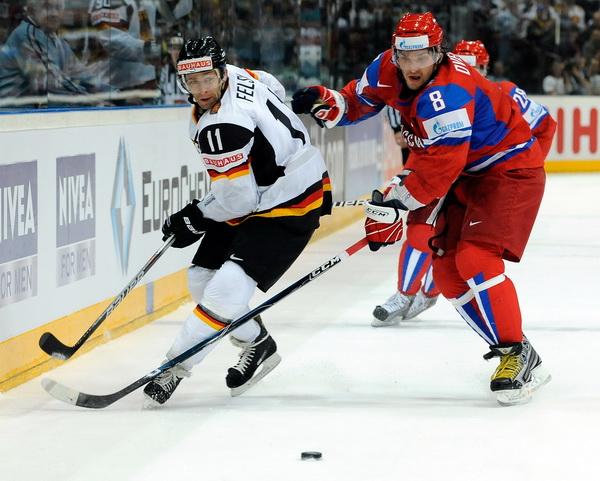 ЧМ-2010: Овечкин принес победу сборной России. Фоторепортаж