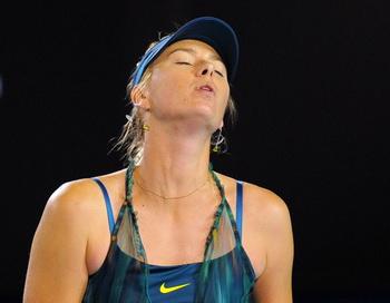 163 180110 003 tennis - Мария Шарапова в первой же игре Australia Open разочаровала своих поклонников