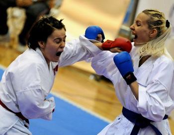 Мария Соболь завоевала золото на чемпионате России по каратэ в Екатеринбурге