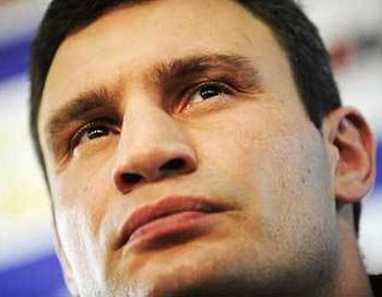 Виталий Кличко опроверг информацию о завершении спортивной карьеры