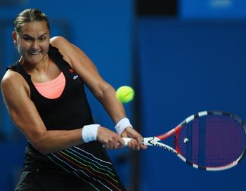 Петрова разгромила Клейстерс на Открытом чемпионате Австралии по теннису