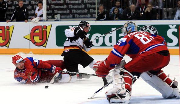 163 220510 02 NXL - ЧМ-2010: Россияне в финале сыграют с чехами. Фоторепортаж