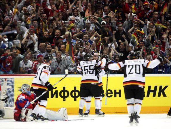 163 220510 07 NXL - ЧМ-2010: Россияне в финале сыграют с чехами. Фоторепортаж