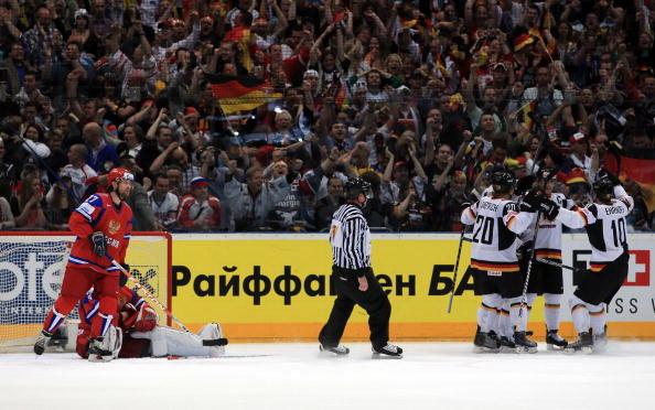 163 220510 11 NXL - ЧМ-2010: Россияне в финале сыграют с чехами. Фоторепортаж