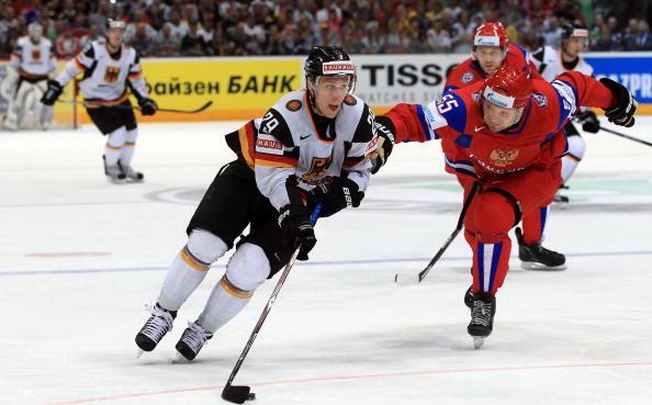 163 220510 16 NXL - ЧМ-2010: Россияне в финале сыграют с чехами. Фоторепортаж
