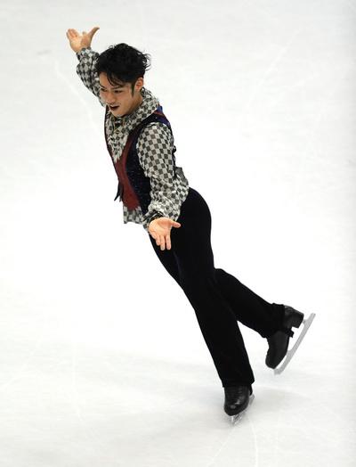 163 260310 12 FK - Японец Такахаси завоевал золото чемпионата мира  по фигурному катанию. Фото