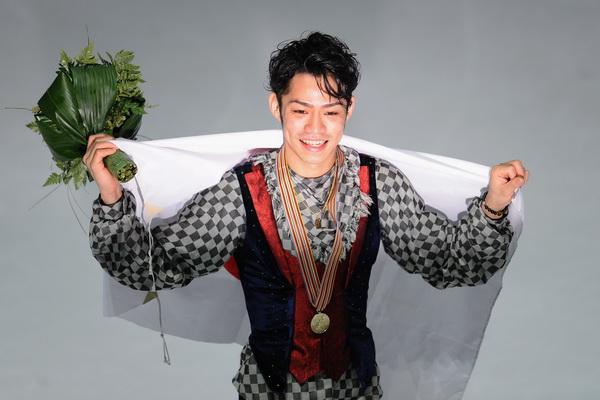 163 260310 8 FK - Японец Такахаси завоевал золото чемпионата мира  по фигурному катанию. Фото