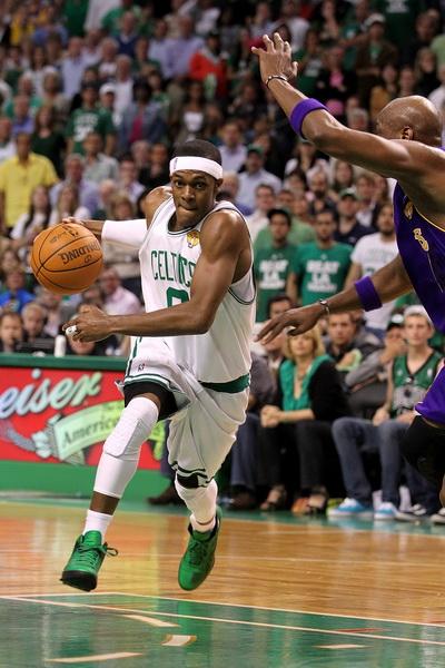 173 09 06 10 LA Boston 18 - «Лос-Анджелес Лейкерс» победил «Бостон Селтикс» в финальной серии плей-офф НБА. Фоторепортаж