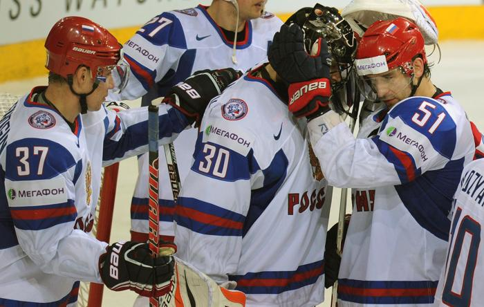 Российская сборная по хоккею прошла в четвертьфинал ЧМ