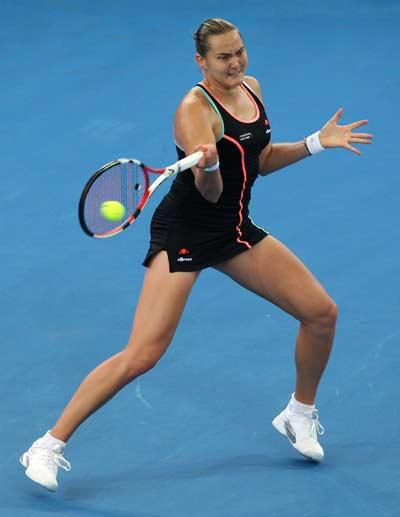 75 tennis 10 - Жюстин Энен выиграла первый матч после возвращения на корт. Фотообзор