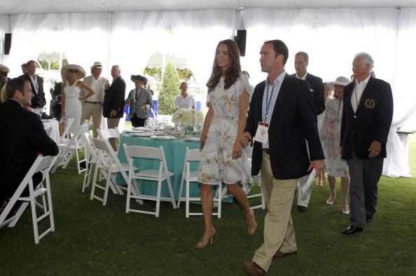161 71011Keit 22 - Герцог и герцогиня Кембриджские встретились со звездами Голливуда и другими знаменитостями