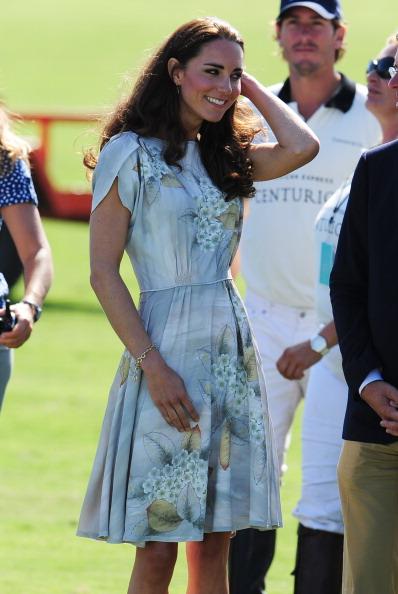 161 71011Keit 24 - Герцог и герцогиня Кембриджские встретились со звездами Голливуда и другими знаменитостями