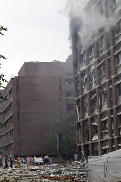 Фоторепортаж c  места мощного взрыва возле правительственных зданий в Осло
