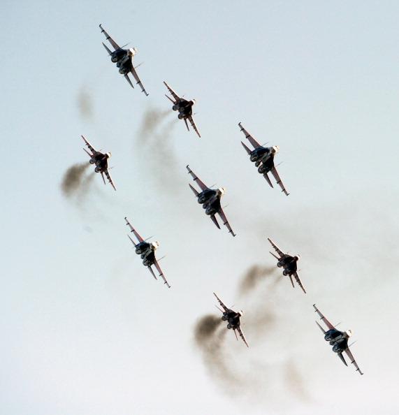 МАКС-2011. Фоторепортаж о показательных полетах в день открытия салона