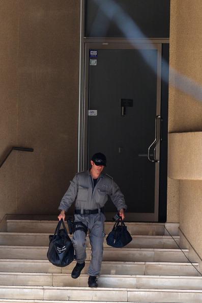 Австралийские полицейские освободили 11-летнюю заложницу. Фоторепортаж с места происшествия