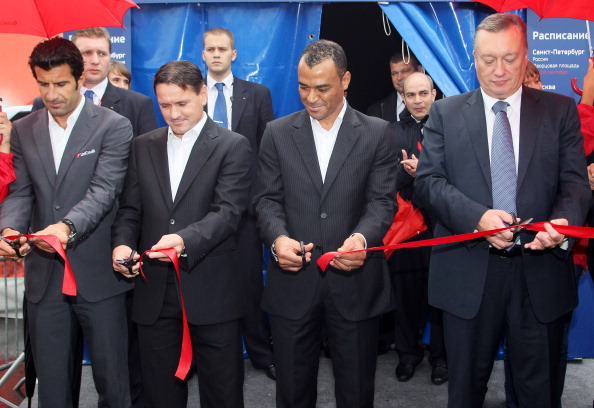Кубок Лиги чемпионов выставили на Дворцовой площади  в Санкт-Петербурге