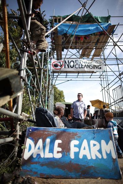 Фоторепортаж об ирландских кочевниках в незаконном поселении Дэйл-Фарм