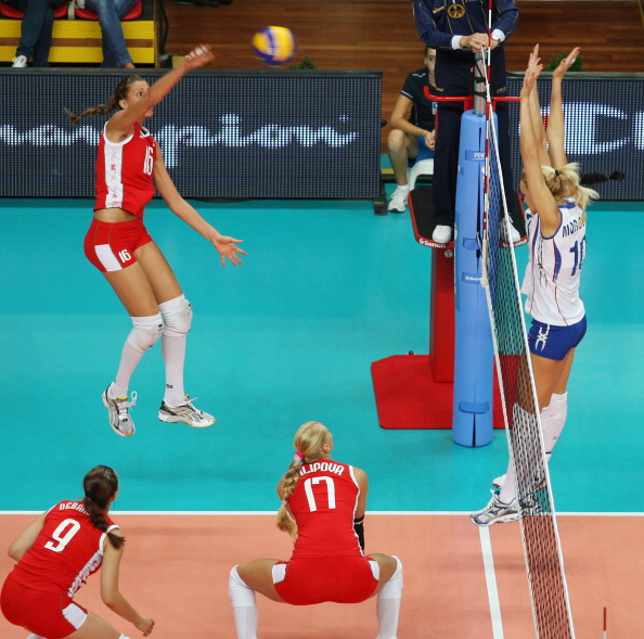 Женская сборная России по волейболу выиграла у команды Болгарии со счетом 3:0. Фоторепортаж с матча