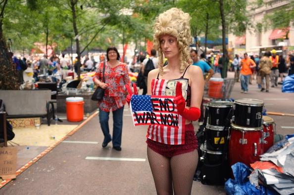 161 92611NY 01 - Фоторепортаж о демонстрантах на Уолл-стрит в Нью-Йорке