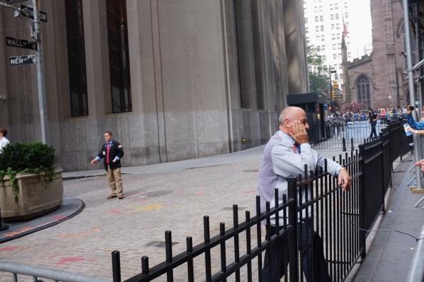 161 92611NY 03 - Фоторепортаж о демонстрантах на Уолл-стрит в Нью-Йорке