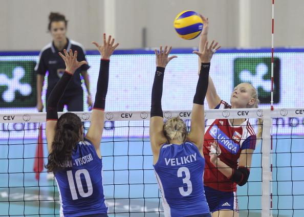 Женская сборная Чехии  по волейболу выиграла у команды Израиля со счетом 3:0. Фоторепортаж с матча