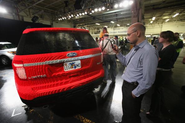 161 92711LEGO 07 - Автомобиль Ford Explorer LEGOLAND из 380 тысяч кубиков LEGO выпущен на заводе в Чикаго