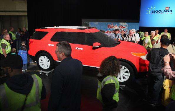 161 92711LEGO 09 - Автомобиль Ford Explorer LEGOLAND из 380 тысяч кубиков LEGO выпущен на заводе в Чикаго