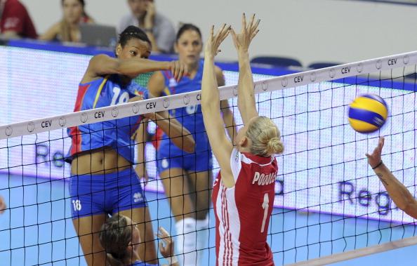Женская сборная Польши по волейболу выиграла у команды Румынии со счетом 3:0. Фоторепортаж с матча