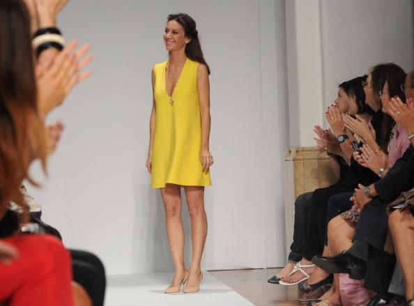 161 92811MODA 07 - Весна-лето 2012. Новые наряды для женщин от модного бренда Normaluisa на Неделе Миланской моды