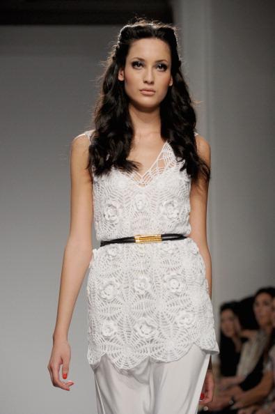 161 92811MODA 25 - Весна-лето 2012. Новые наряды для женщин от модного бренда Normaluisa на Неделе Миланской моды