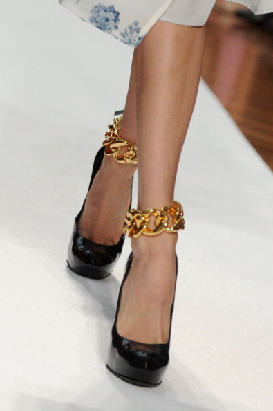 161 92811MODA 27 - Весна-лето 2012. Новые наряды для женщин от модного бренда Normaluisa на Неделе Миланской моды