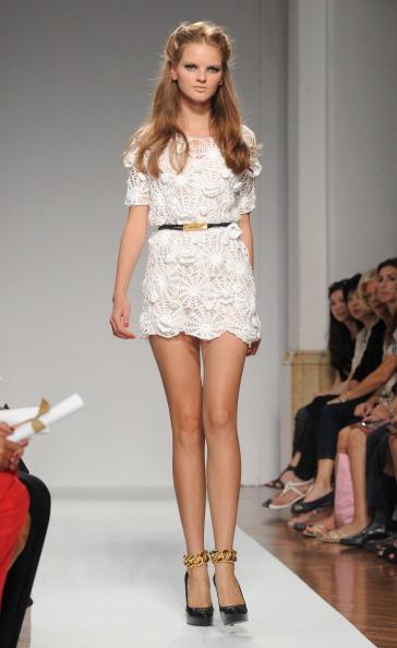 161 92811MODA 32 - Весна-лето 2012. Новые наряды для женщин от модного бренда Normaluisa на Неделе Миланской моды