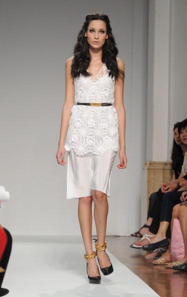 161 92811MODA 36 - Весна-лето 2012. Новые наряды для женщин от модного бренда Normaluisa на Неделе Миланской моды