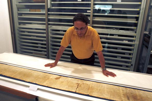 161 92811SVitki 4 - Cвитки Мертвого моря теперь доступны для обозрения в музее Иерусалима и  Интернете