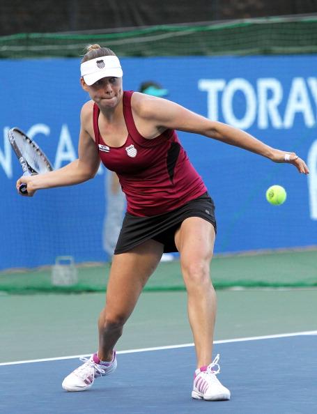Вера Звонарева победила  Цветану Пиронкову. Фоторепортаж  с теннисного турнира в Токио