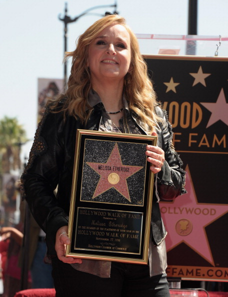 161 92811ZVEZDA 05 - Звезда Мелиссы Этеридж засияла на Аллее Славы в Голливуде