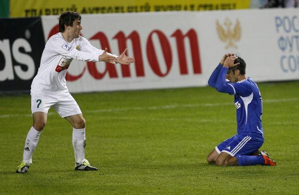 Московское «Динамо»  и «Анжи» Махачкалы сыграли вничью 2:2. Роберто Карлос забил свой первый гол за Россию