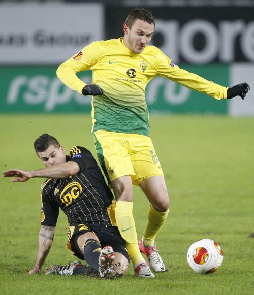 «Анжи» вышел в плей-офф, сыграв с молдавским «Шерифом»