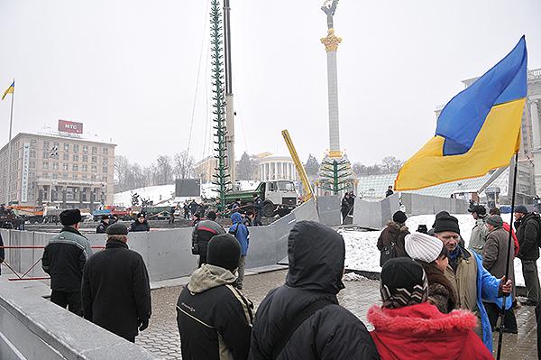 75 gorod 16 - Исчез палаточный городок предпринимателей на Майдане в Киеве